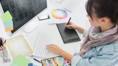 Si Buscas formación para Estudiar Comunicación Audiovisual, Diseño y Artes Gráficas Online, esta es tu sección