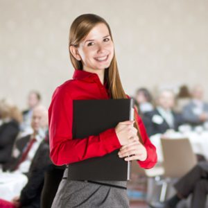 Amplía tu formación con el Curso de Azafata de Ferias y Congresos + Máster en Imagen Personal