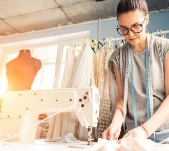 estudiar el curso de corte y confección para diseñadores te abrirá las puertas del sector de la moda