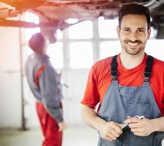 estudiar el curso de jefe de taller de carrocería te especializará en este sector de la automoción