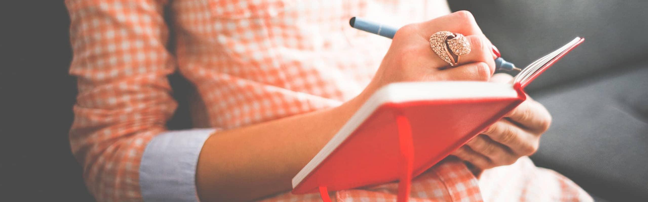 Descubre cómo escribir un libro y conviértete en un escritor de éxito