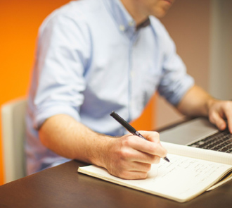 Estudia el Máster en Escritura y Narración Creativa y conviértete en un autor de éxito